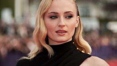 Photo of Sophie Turner Net Worth in 2020, Age, Height, Husband, Movies and TV Shows