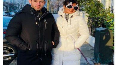 Priyanka Chopra Enjoys Xmas Spirit with Hubby Nick Jonas